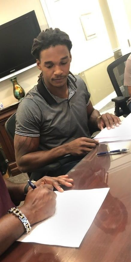 Calvin Darville - Notary Signing Agent at Signing Appointment